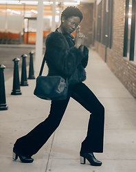 Zoe Bearam - Louis Vuitton Handbag, Steve Madden Platform Boots, H&M Faux Fur Jacket, H&M Flared Velvet Trousers, Cohens Grandpa Glasses - Agent Bee