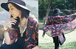 Allison C. - Quiet Lion Creations Statement Necklace, Forever 21 Floppy Hat, Kemilove Sun Moon Kimono - Hocus ☽ pocus