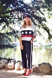 Martha Lozano - Asos Cap, Pull & Bear Sweatshirt, Pull & Bear Pants, Balber Watch, Krack Stilettos - No me vendas la moto