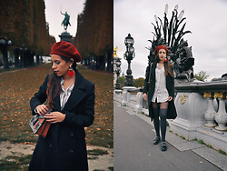 Linda Pavlovic - Zara Red Earings, Gucci Bag, Mango Coat - Late for PFW