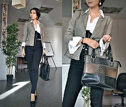 Jane V.I. - Khaki Blazer, Black Pumps, 3 Colored Leather Bag, White Shirt, Corset Style Belt - Military or Pirate style?