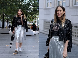 Amy Ramírez - Zara Skirt - Silver pleats