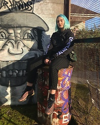 Ellie Fowler - Patta Jumper, Carhartt Essential Bag, Zara Trousers, Nike Air Max 97 - SAME PLACD, DIFFERENT GRAFFITI