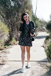 Shann V - Star Print, Superstar, Rodriguez, Faux Leather Jacket - Celestial Body