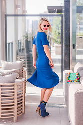 Susanne Bender - Asos Blue Dress, Aldo Pom Pom Bag, Polette Pink Sunglasses, Happy Socks - The perfect dress..!
