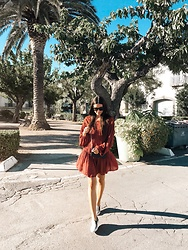 Julia Lundin - Lindex Dress, Gucci Bag, Russell & Bromley Shoes, Céline Glasses - South of France