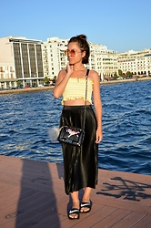Marija M. - Zaful Gingham Tube Top, Rosegal Pleated Skirt, Rosegal Embroidered Bag, Nike Slides - Thessaloniki - Greece (blogged)
