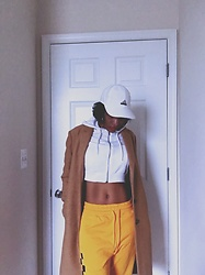 Kat Smith - Adidas White Cap, H&M Cropped White Hoodie, Gap Coat, H&M Yellow Checkerboard Sweatpants - Am I Hot or Am I Cold?