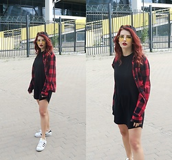 Vlada Kozachyshche - Hawkers Eyewear, Forever 21 Shirt, House Blouse, Obey Hat, Adidas Sneakers - Teen Street