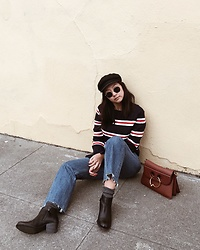 Tiffany Wang - Clarks Ankle Boots, Reformation Jeans, Brixton Newsboy Cap, Mango Sweater, Jw Anderson Purse - FRENCH