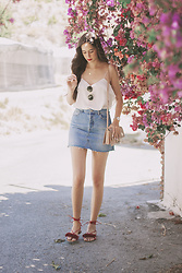 María Rubio - Mango Top, Bershka Skirt, Mango Bag, Oysho Sandals - Denim skirt