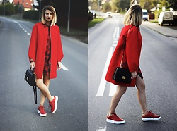 Gabriela Kugla - Mango Coat, Carinii Shoes, Michael Kors Bag - Red total look
