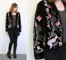 Rachel-Marie - Romwe Embroidery Fox Velvet Blazer, Romwe Black Skinny Jeans, Romwe Black Calico Embroidered Block Heeled Ankle Boots - Flora and Fauna