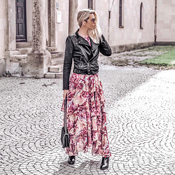 Vera Hutterer - Dolce & Gabbana Vintage Style Metal Sunglasses, Ralph Lauren Biker Jacket, Zara Black Bag, Y.A.S Pink Maxi Dress, Tommy Hilfiger Black Ankle Boots - Dress, Biker Jacket & Ankle Boots | la-blonde.com