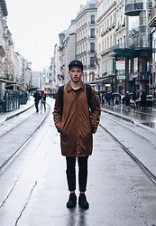 Alex Boyko - Zara Brown Coat, Zara Basic Pants, Nike Sneakers - GENEVA