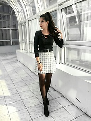 Daniela Soare - Atmospher Skirt, H&M Ankle Boots, H&M Top - Black and White