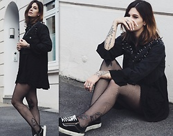 Nina Wirths - Asos Denim Jacket, Milk It Vintage Dress, Asos Tights, Vans Shoes - Grey and black
