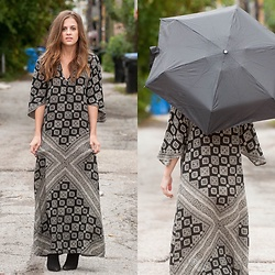 Alexandria Deanne - Nordstrom Dress, Target Umbrella, Dsw Boots - Under My ☔️