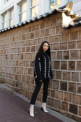 Seoha Park -  - OVERSIZED SWEATER AND WHITE ANKLE BOOTS