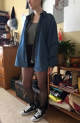 Kim Guthrie - Denim Jacket, Flanal, Striped Tank Top, High Waisted Shorts, Sheer Tights, Converse High Tops - Bright shoes