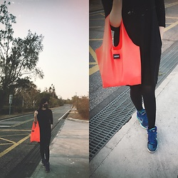 REDWAY REDWAY - Am0000 Bag, Uniqlo Dress, Nike Shoes - Vacation time in black