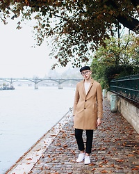 Alex Boyko - Zara Coat, H&M Hat, Zara Pants, Lacoste Sneakers, Glasses - Autumn in Paris