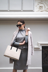 Anna Puzova - Light In The Box Set, Stylewe Coat, Paul's Boutique London Ltd. Bag - TRIPLE GREY