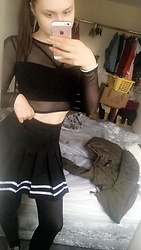 Charley - H&M Black Skirt - Goth girl ??