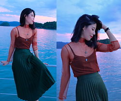 B @Style Voyage - Zara Pleated Skirt, H&M Layered Necklace, Daniel Wellington Dw Watch - Sunset & The Sea