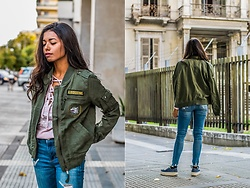Konstantina Antoniadou - American Eagle Outfitters Jeans, American Eagle Outfitters Another Favorite Pair Of Jeans (Under$50), American Eagle Outfitters Military Jacket, American Eagle Outfitters Lace Up Hoodie - Military jacket and denim