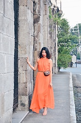 Cassey Cakes - Mango Belt, H&M Bag, Miss Selfridge Sandals - Intramuros