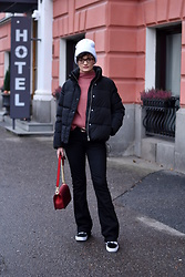 Josefin T - H&M Down Jacket, Second Female Bootcut Pants, Vans Sneakers, Shein Red Chain Bag - A colder season