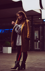 Jules - Pimkie Coat, Zara Dress, Zara Tights, Stradivarius Boots - Munich by Night