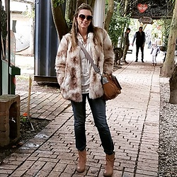 Marcela Perez - Aldo Boots, Zara Coat, Bimbay Lola Bag, Michael Kors Glasses, Forever 21 Top - Camel and cold day!