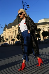 Sinziana Maria Iacob - Na Kd White T Shirt, Bershka Jeans, New Look Red Boots, Na Kd Animal Print Coat - You are my sweetHeart