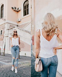 Anna Pauliina -  - EASY BREEZY IN DENIM & PEARLS
