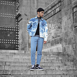 Salah Eddine Ezzakri -  - All denim