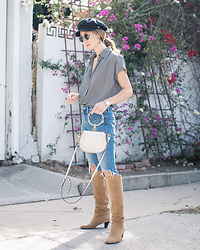 Elizabeth Lee (Stylewich) - Brixton Fiddler Cap, Madewell Central Shirt, Isabel Marant Robby Boots, Chloe Nile Bag - Fall Staples