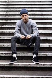 Kevin Elezaj - Nike Sneakers, Cheap Monday Jeans, Asket Sweater, Nike Beanie, Eastpak Bag - November 10
