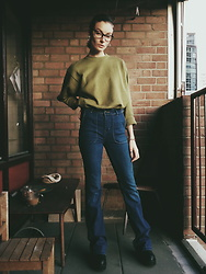 Laura Gal - Zara 75's Jeans, Vintage Sweater, Asos Black Boots - That 70's show