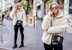 Sunnyinga - H&M Teddy Coat, Levi's® Skinny Jeans, Buffalo Leather Boots, Mango Bag - Teddy Coat Love
