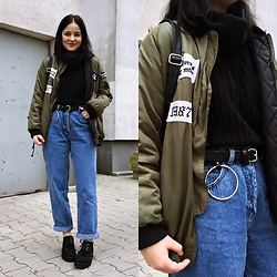 Natalia Pawlik - Romwe Jacket, Second Hand Sweater, Stradivarius Belt, Second Hand Jeans, Second Hand Creepers - WHERE IS MY MIND