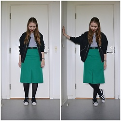 Mucha Lucha - Weekday Bomber, Weekday T Shirt, Second Hand Skirt, Adidas Sneakers - Bright green