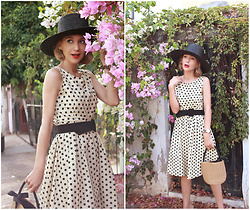 Diana Fontes - Gamiss Polkadots Dress, Lack Of Colors Black Hat - Pretty dots