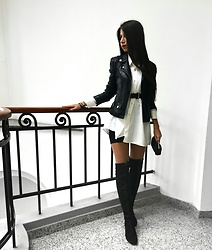 Daniela Soare - Deluat.Ro High Knee Boots, Pull&Bear Leather Jacket - Always black and white