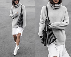 Kristina - Grana Oversized Sweater, Grana Poplin Shirtdress, Shoes Of Prey Custom All White Boots - Swimmin' in my sweater