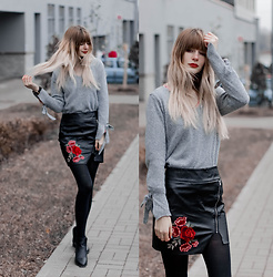 Mary Volkova - Sweater - GRAY