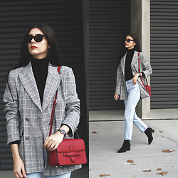 CLAUDIA Holynights - Romwe Turtle Neck Sweater, Levi Vintage Jeans, Vipshop Red Bag - Check, black and red