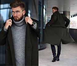 Lukasz Podlinski - Reserved Coat, H&M Sweater, Zerouv Glasses, C&A Pants - Military look