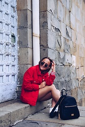 Lisa Van Hole - Zara Red Denim Jacket, Liu Jo Faux Leather Backpack, Local Market In Rome Oval Sunglasses, Zara Striped Shirt - Touch of Red